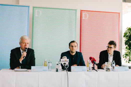 Gerhard Fabisch (Steiermärkische Sparkasse) mit Peter Schernhuber und Sebastian Höglinger