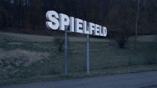 SPIELFELD, Still: Caroline Spreitzenbart/Hochschule für Fernsehen und Film München